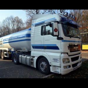 kamion-bijeli